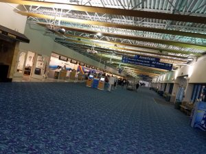 Long Island MacArthur Airport, New Concourse ticketing interior